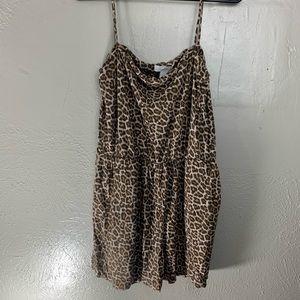 H&M leopard romper size M